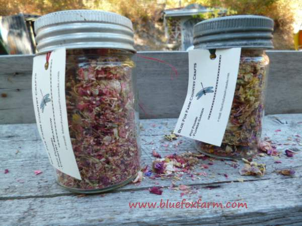 Pot Pourri in antique canning jar