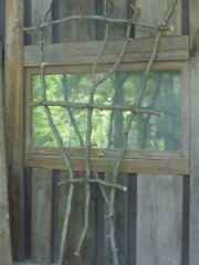 make  your own Twig Fan Trellis..