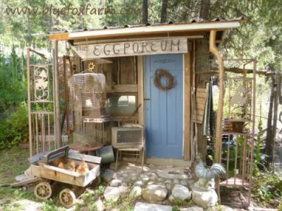 Exceptional Sensible Gardeningu0027s Lovely Pink Shed. The Eclectic Eggporeum.