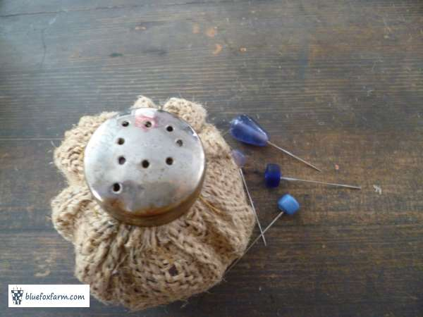 ...and there is your Rustic Pin Cushion.