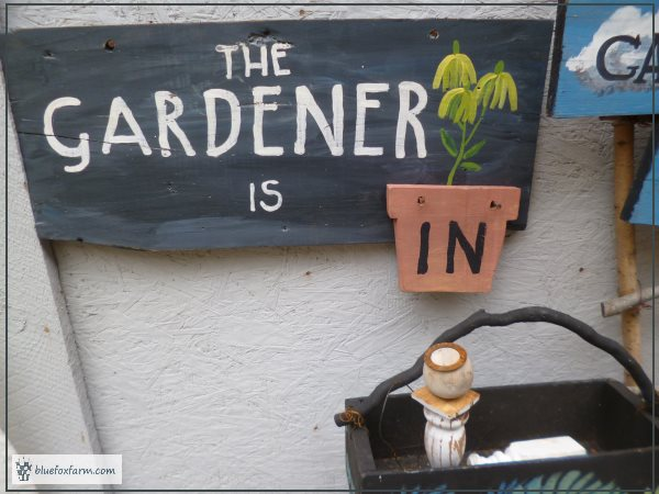 The finished garden sign