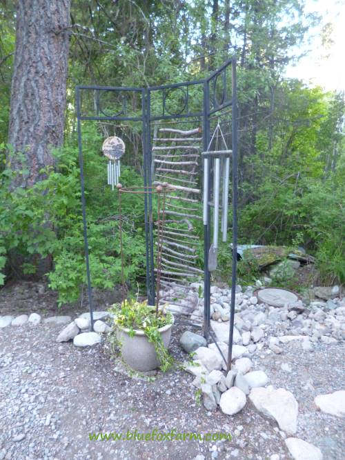 Finally, the trellis is finished...