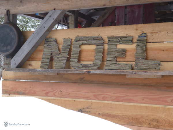 The finished Twiggy Noel Twig Monogram Letters