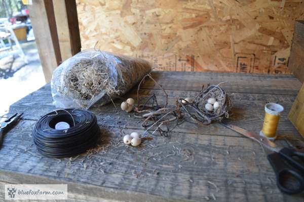 Building some miniature birds nests requires a good space to work