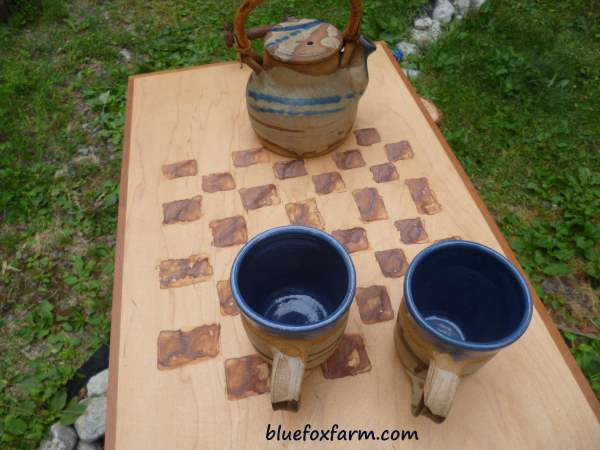 Checkerboard Tea Tray with Pottery