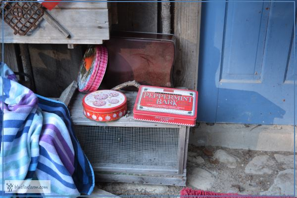 Vintage tins in all shades of red