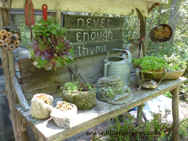 The original rustic potting bench