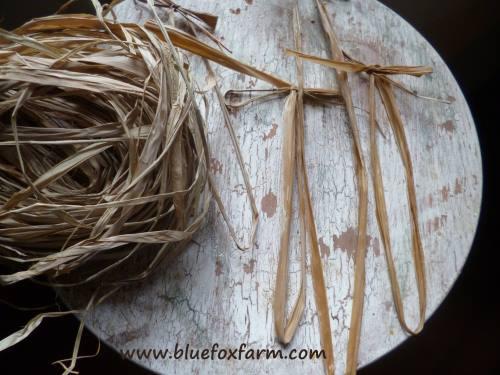 Raffia cut into pieces and tied into bows